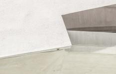 Corner Overhang